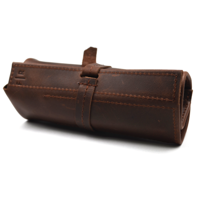 Frara Road Pen Roll